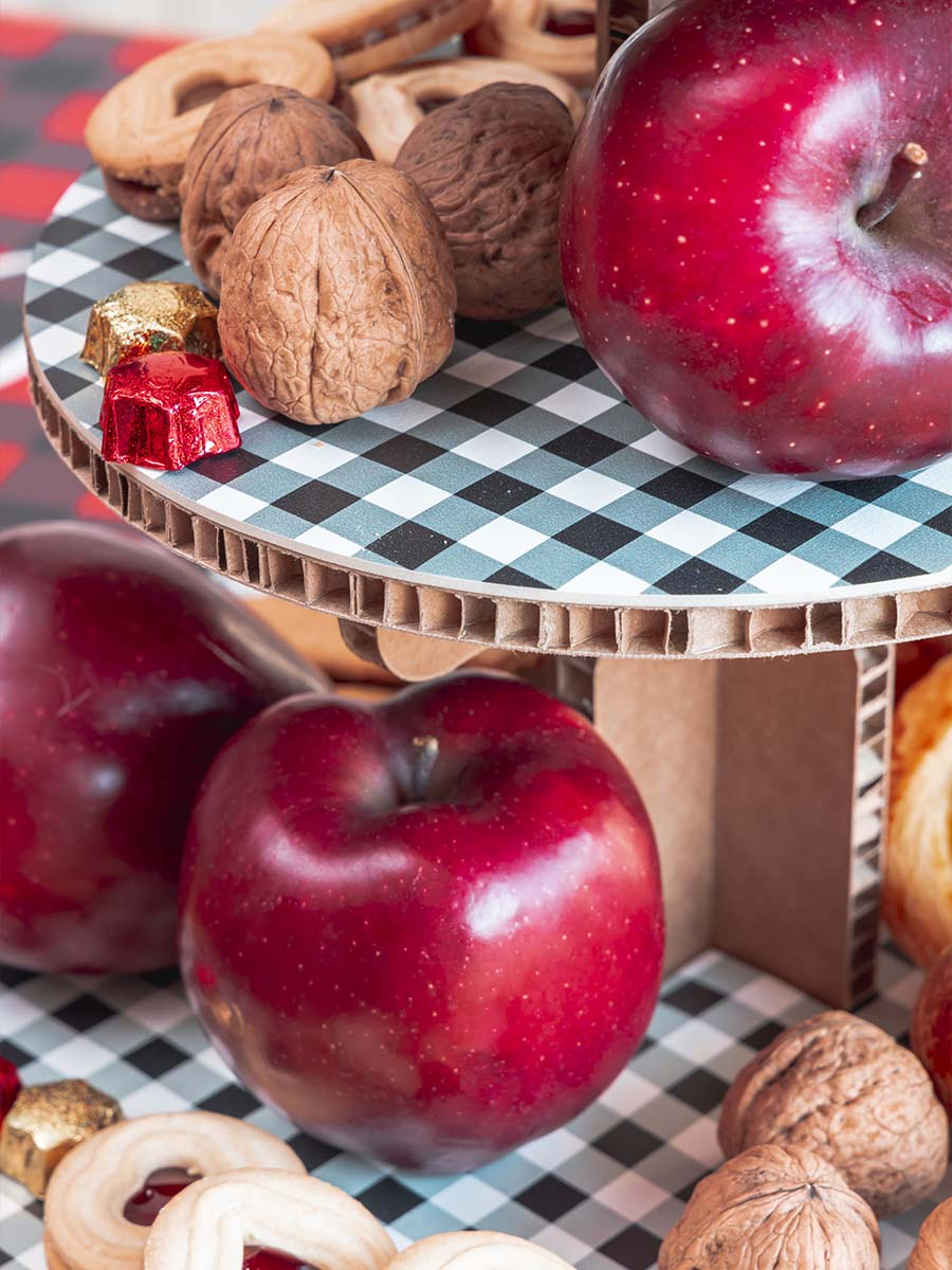 alzata per dolci in cartone alveolare
