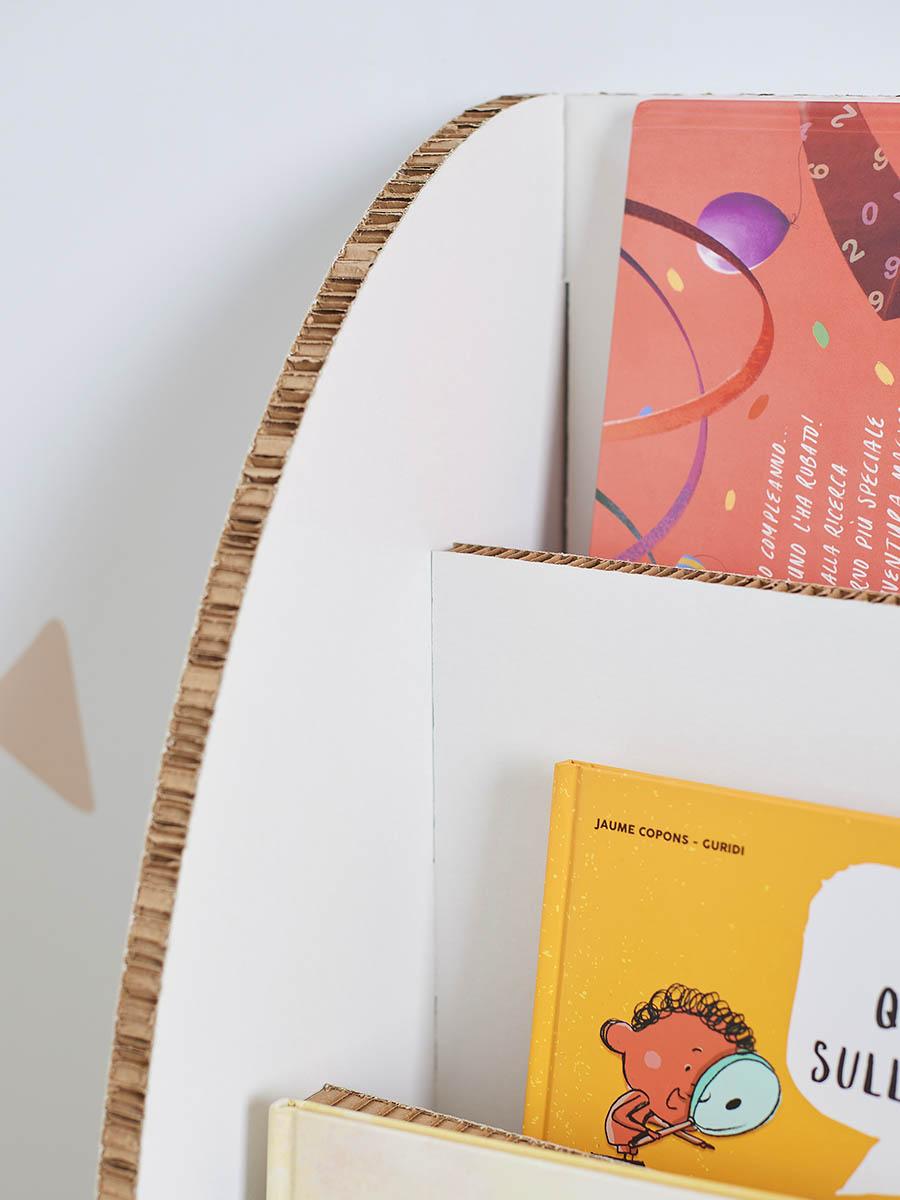 libreria in cartone alveolare