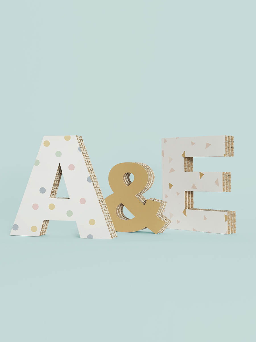 lettera in cartone alveolar